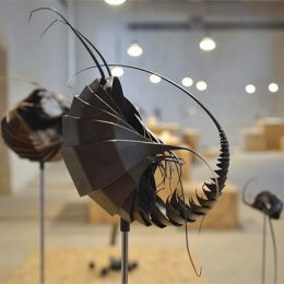Mylinh Nguyen 奇怪的外星虫子