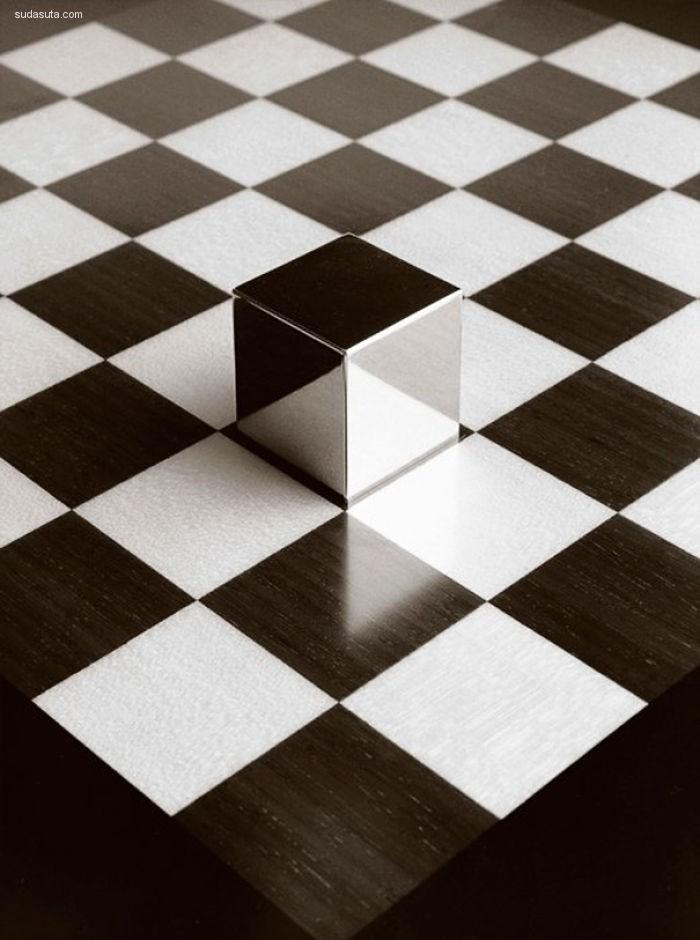 Chema Madoz 脑洞打开的超现实主义黑白摄影欣赏