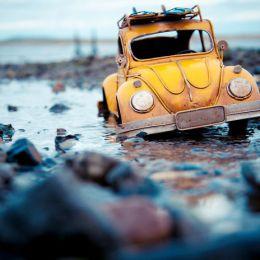 Kim Leuenberger 我和我的玩具车 旅行影像日记