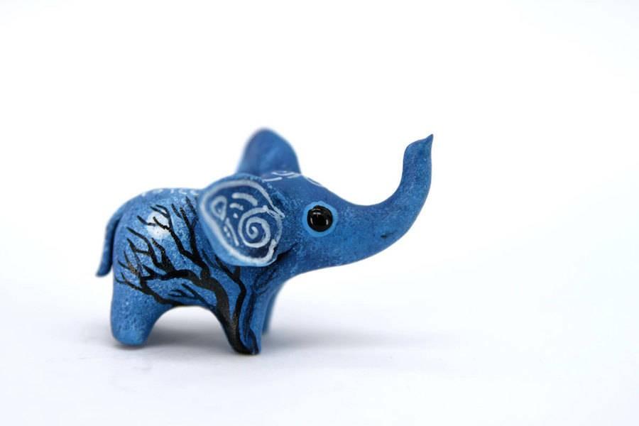 Evgeny Hontor 可爱的蓝色生灵