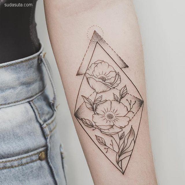 纹身艺术家 Phoebe Hunter
