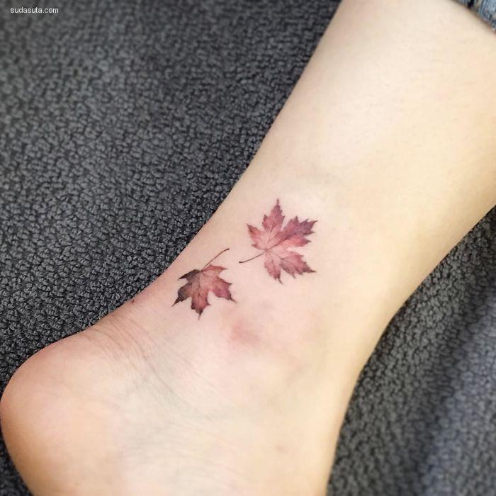 纤细而美妙的小纹身