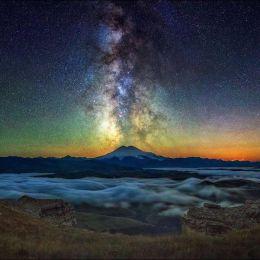 Boris Dmitriev 夜空中的星