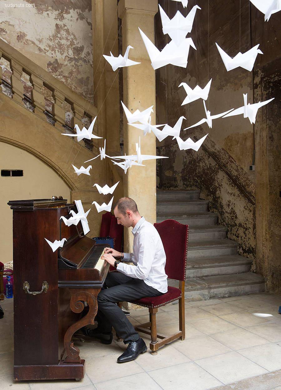 装置设计欣赏 飞翔的千纸鹤