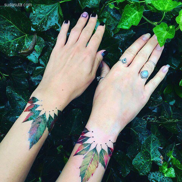 Pis Saro 花朵与纹身