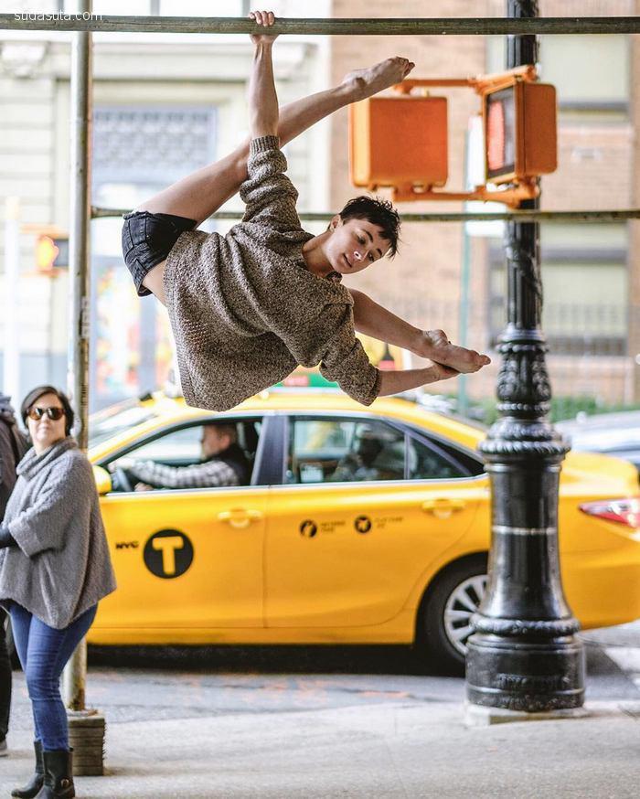 Omar Z. Robles 那些在街角跳舞的人