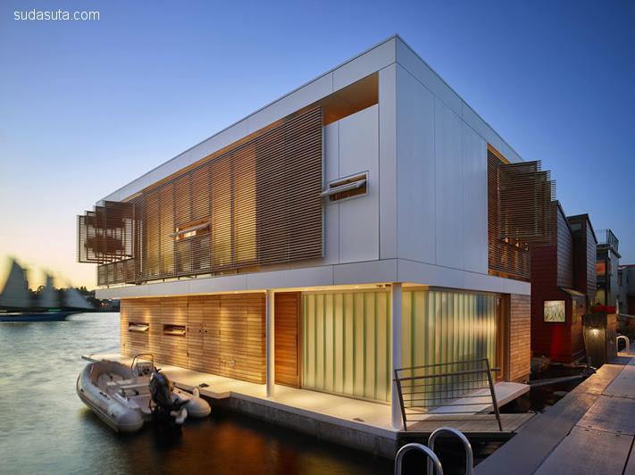 西雅图湖畔浪漫的漂浮房子