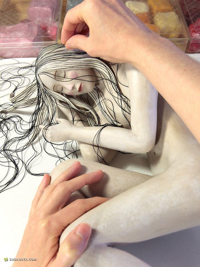 手工雕塑艺术家 Irma Gruenholz
