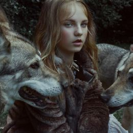 Marta Bevacqua 时尚摄影欣赏《Brave Hearts Kingdom》