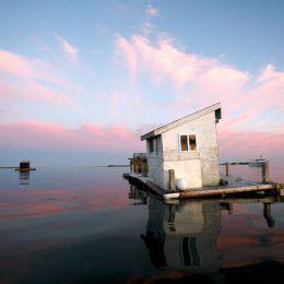Chris Becker 漂浮的房子 城市摄影欣赏