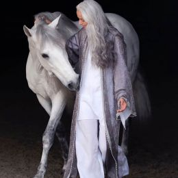 Yazemeenah Rossi 性感时尚的姑娘