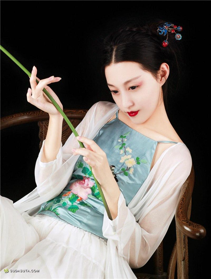 复古中式女装设计 简爱设计坊