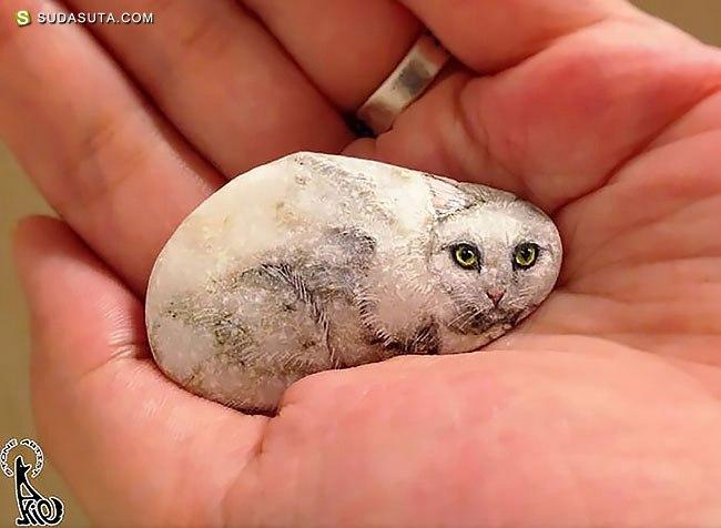 Akie 富有生命力的石头绘画