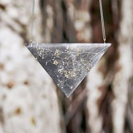 Amado Gudek 花的珠宝设计
