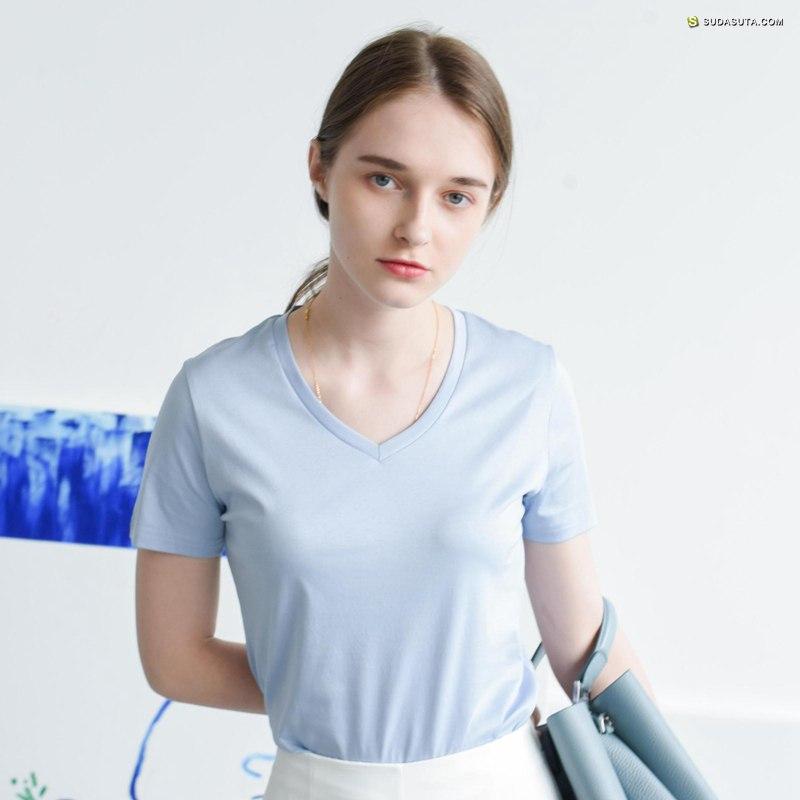 独立简约女装设计品牌 自然而蓝/In BLUE