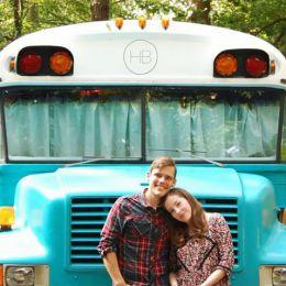 Julie和Andrew Puckett 温馨浪漫的房车改造