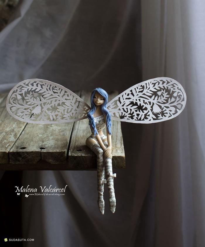 Malena Valcárcel 手工剪纸 关于书籍的魔法