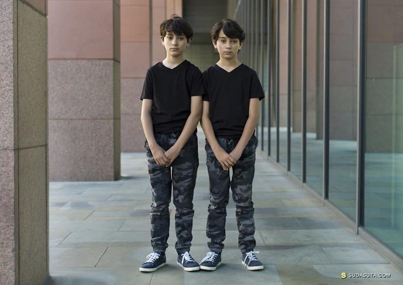 Peter Zelewski 我们是不同的双胞胎