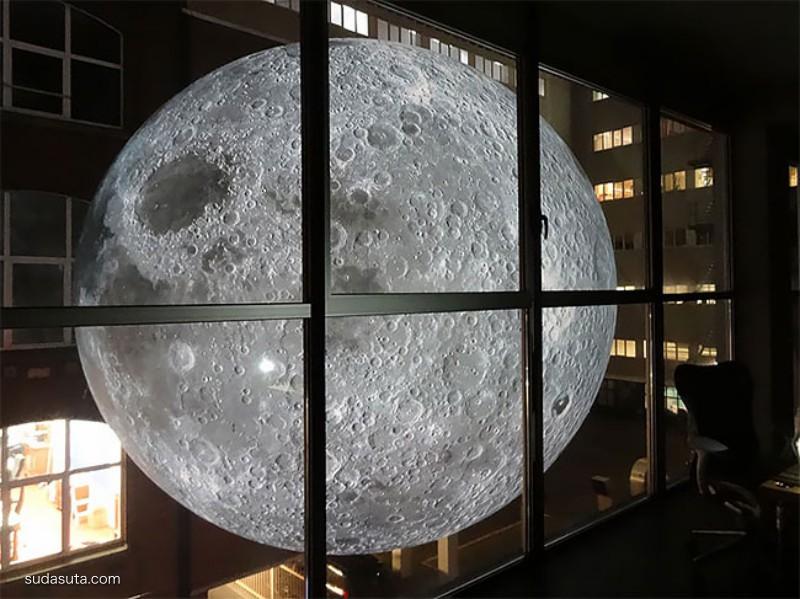 Luke Jerram 月亮博物馆