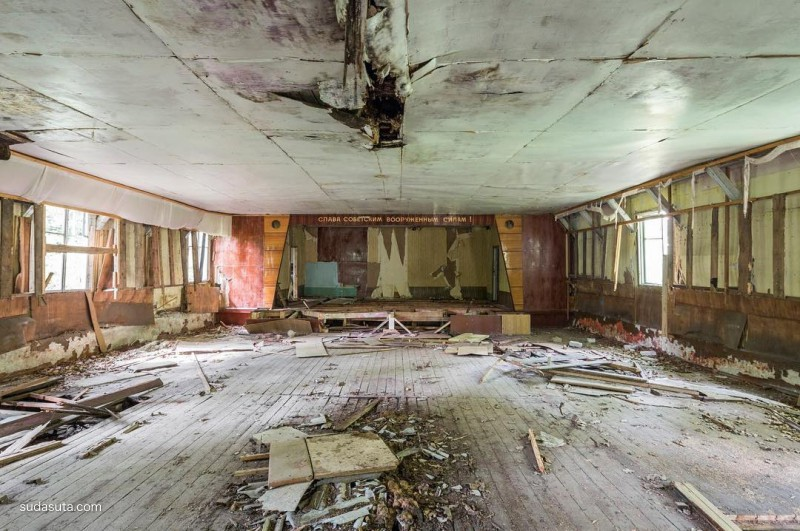 Jonk 被遗弃的房间