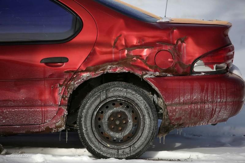 Joshua Lott 废旧的汽车