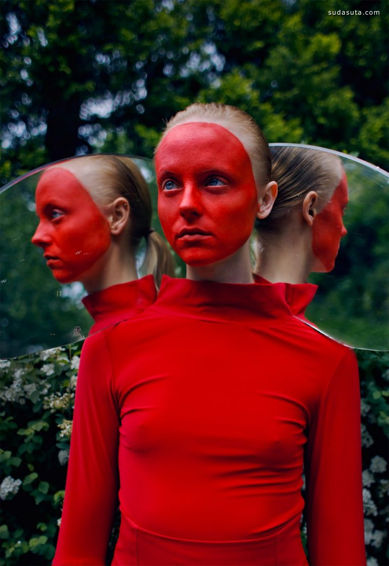 Andrew Tarnawczyk 红色 时尚摄影欣赏