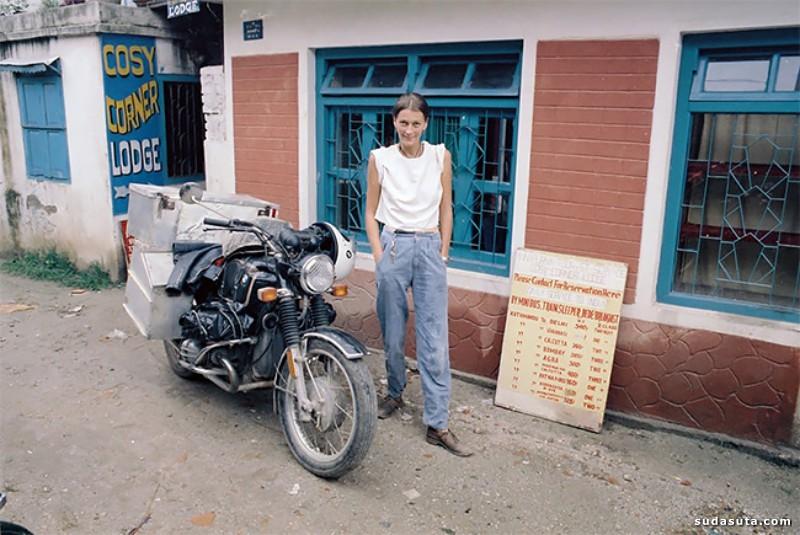 Elspeth Elspeth 骑摩托车的女生
