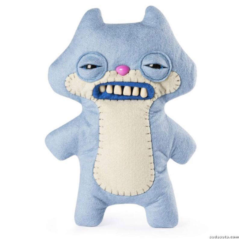 Mrs McGettrick 带牙齿的玩具娃娃