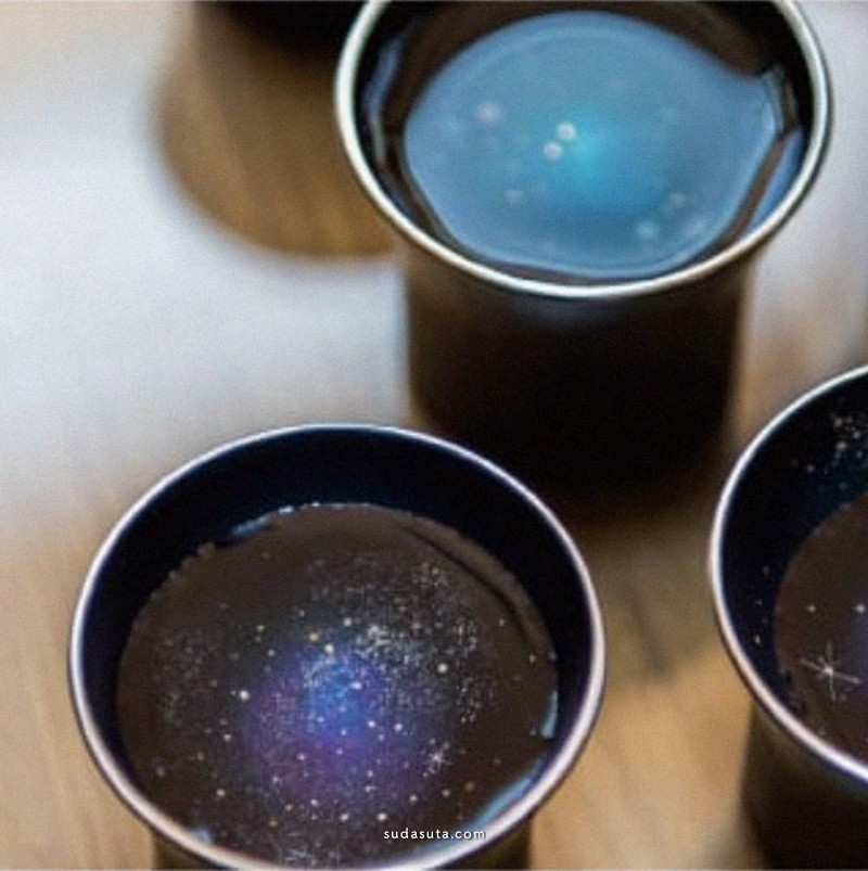Hiromi Sato 杯子中的星辰与大海