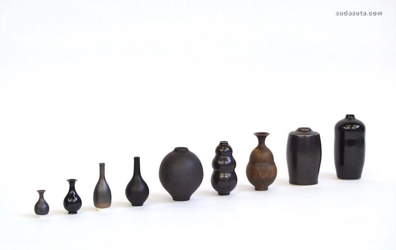 Yuta Segawa  陶瓷的小小的瓶子