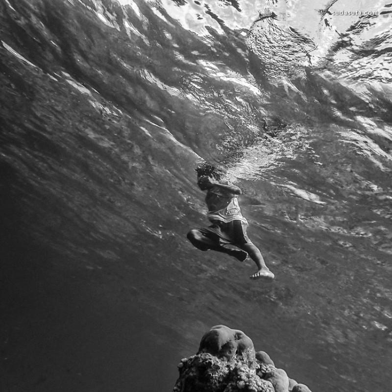 Hengki Koentjoro 孩子们的水下摄影作品欣赏