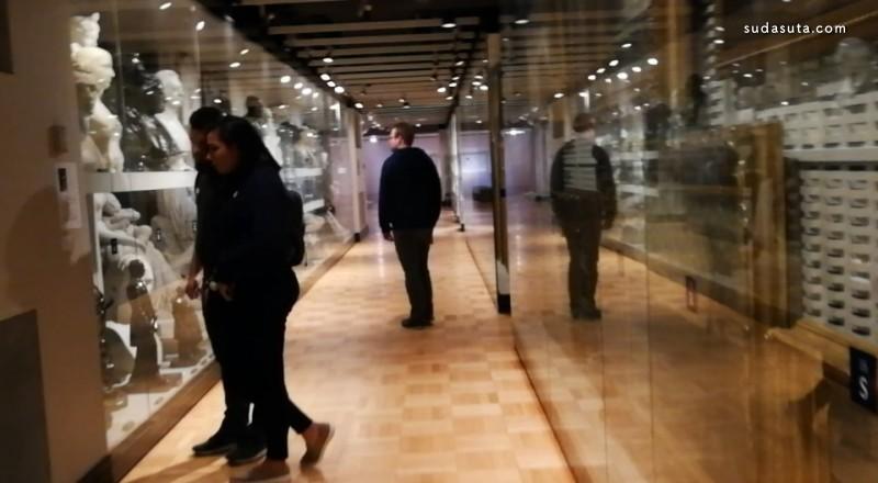 纽约大都会博物馆敞视:《后殖民工场》