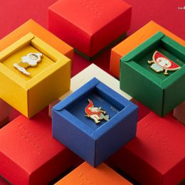 Ikumi Nakada 艺术徽章设计欣赏