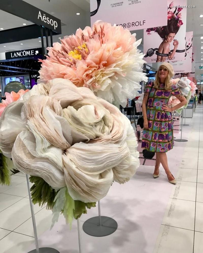 Marianne Eriksen-Scott Hansen 纸张的花朵