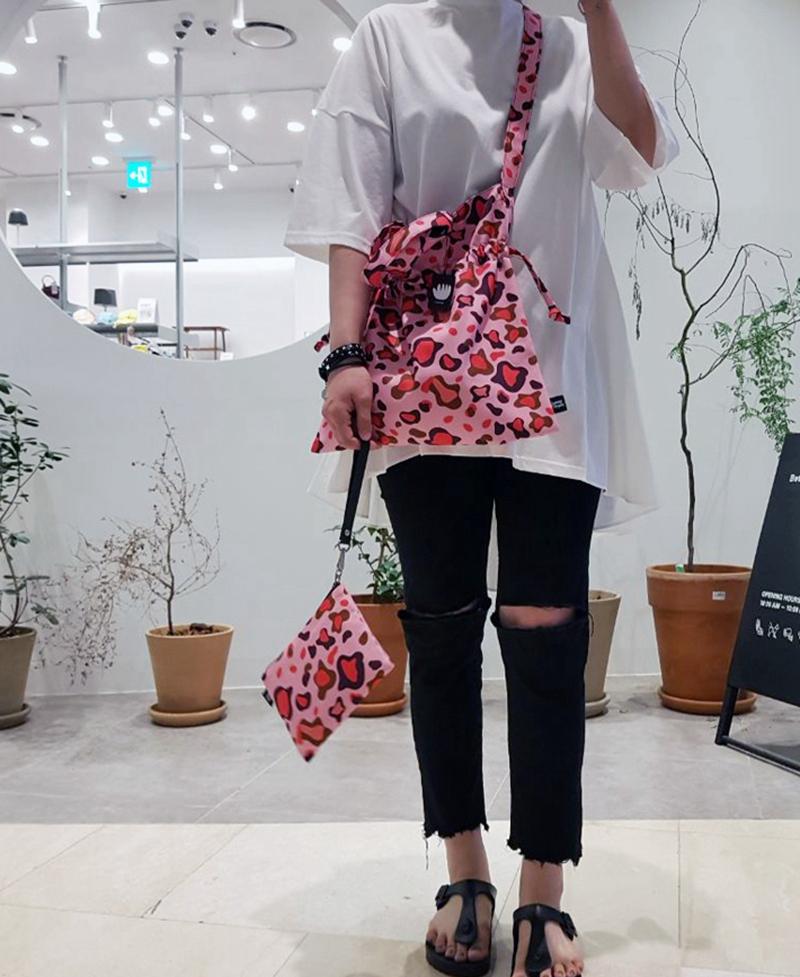 韩国设计师品牌 Jammy Finger 撞色南瓜包