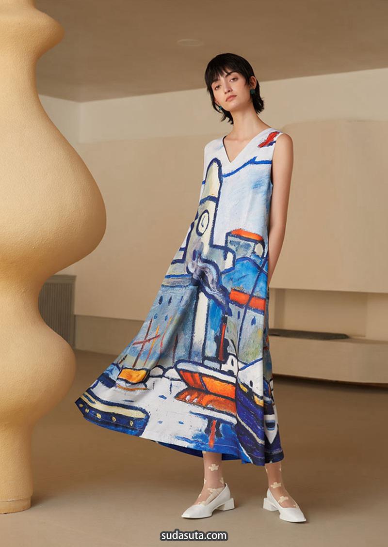 咖沫 复古艺术感女装