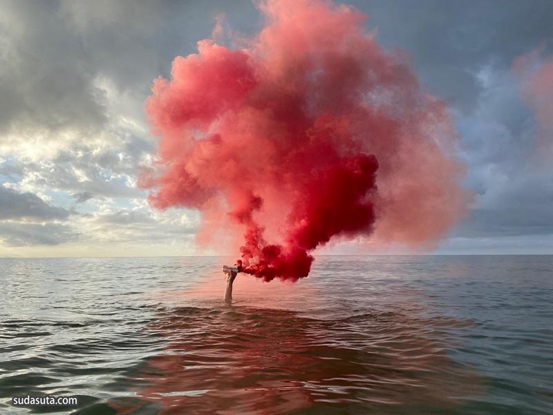 Daniele Sigalot 烟雾的艺术 装置设计欣赏