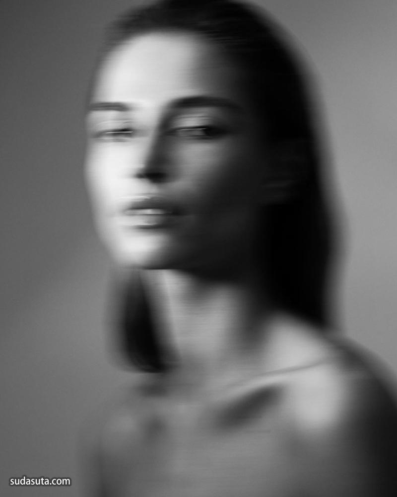 Laurent Castellani 人像摄影作品欣赏
