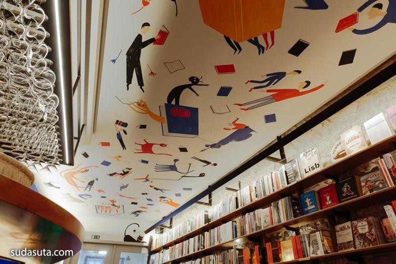 Mariana Rio 书店设计欣赏