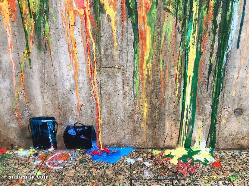 Sasha Bogojev 在墙上画画